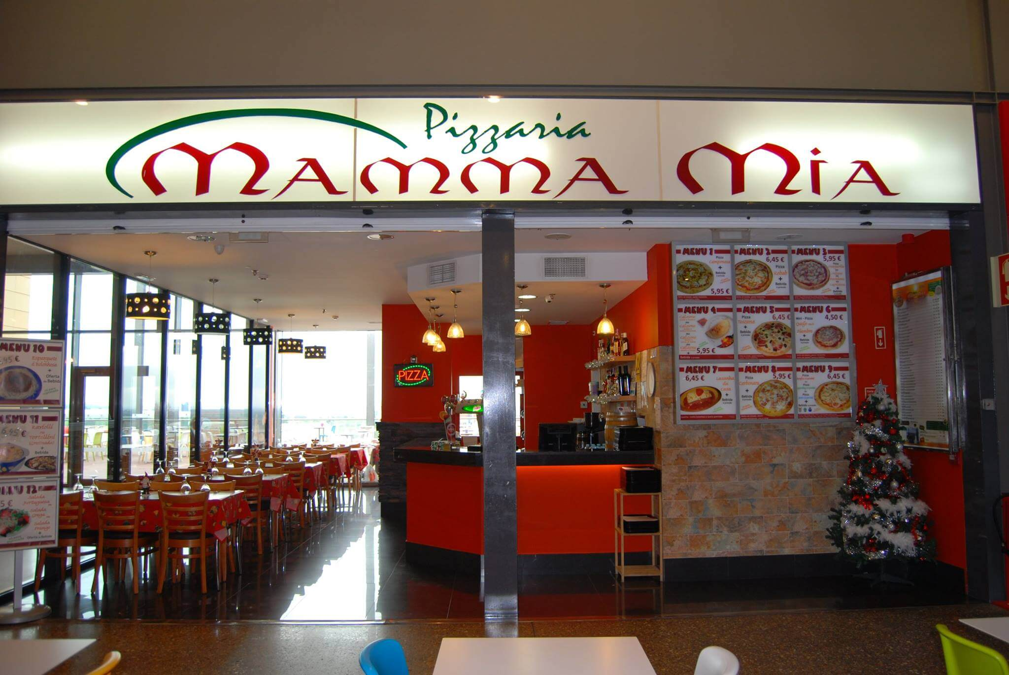 Mamma Mia Gran-Plaza Tavira